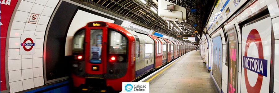 Wifi metro Londres, se le pide a los pasajeros que apaguen su Wi-Fi